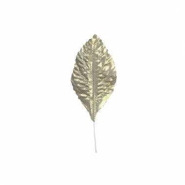 12 gouden blaadjes 4,5 cm