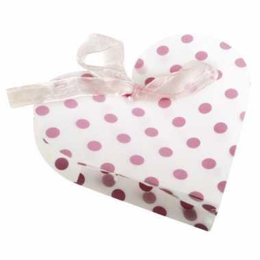 4 geschenkverpakkingen wit hart met roze stippen