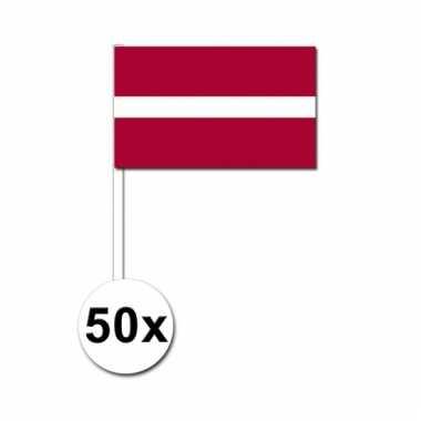 50 zwaaivlaggetjes letse vlag