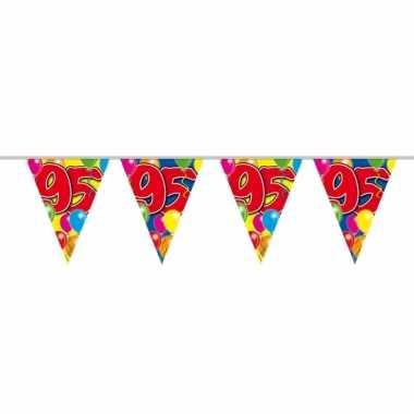 95e verjaardag slingers / vlaggenlijnen 10m