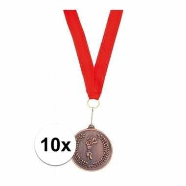 Afgeprijsde 10x bronzen medailles aan rood halslint