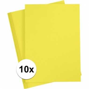 Afgeprijsde 10x geel knutsel karton a4