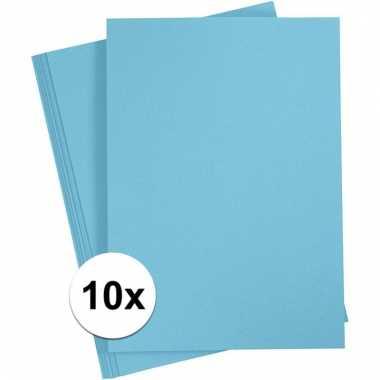 Afgeprijsde 10x lichtblauwe knutsel karton a4