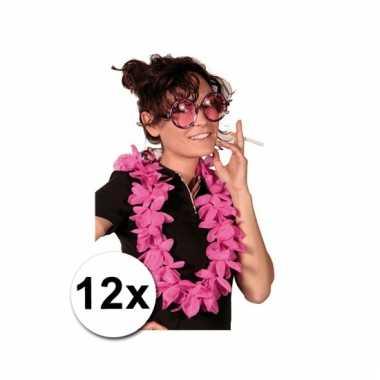Afgeprijsde 12 hawaii kransen roze