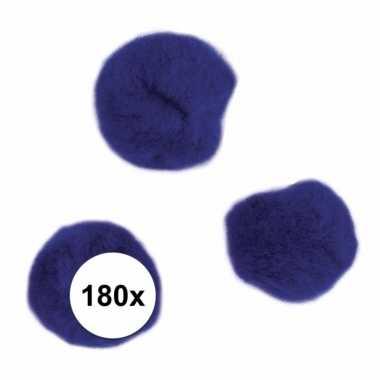 Afgeprijsde 180x donkerblauw decoratieve pompons 15 mm
