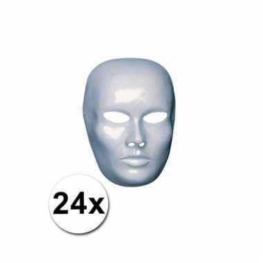 Afgeprijsde 24 blanco maskers van heren gezicht