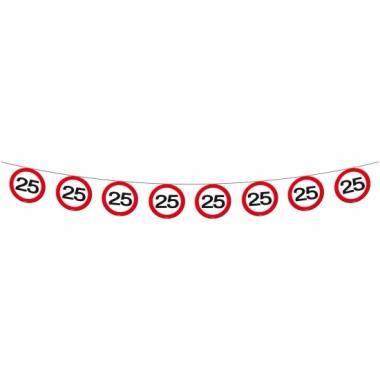 Afgeprijsde 25 jaar thema slinger met verkeersborden 12 meter