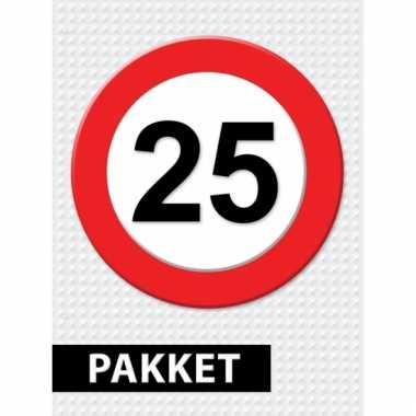 Afgeprijsde 25 jaar verkeersbord versiering pakket