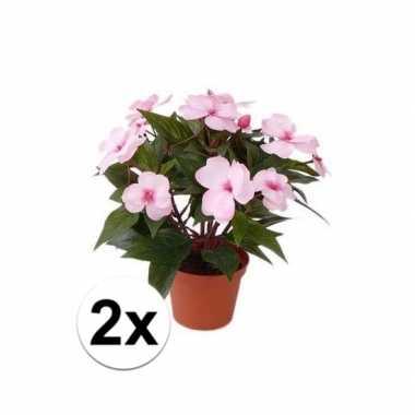 Afgeprijsde 2x kunstplanten heester lichtroze vlijtig liesje van 25 c