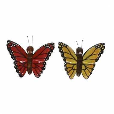 Afgeprijsde 2x magneet hout rode en gele vlinder