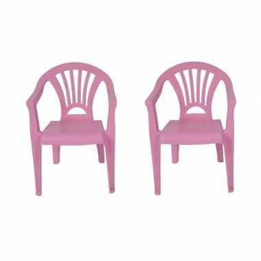 Afgeprijsde 2x tuinstoeltje roze plastic 37 x 31 x 51 cm voor kindere