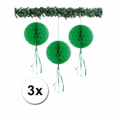 Afgeprijsde 3 kerstversiering groene decoratie bollen 30 cm