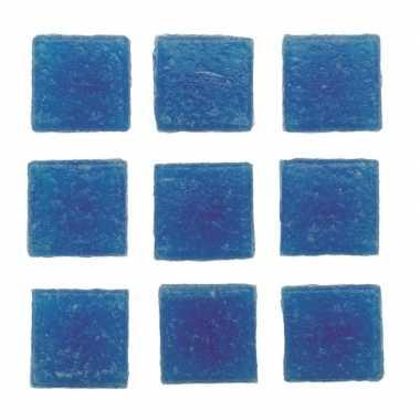 Afgeprijsde 30 stuks vierkante mozaieksteentjes blauw 2 cm