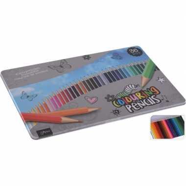 Afgeprijsde 36x gekleurde potloden in blik