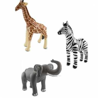 Afgeprijsde 3x opblaasbare wilde dieren zebra en giraffe