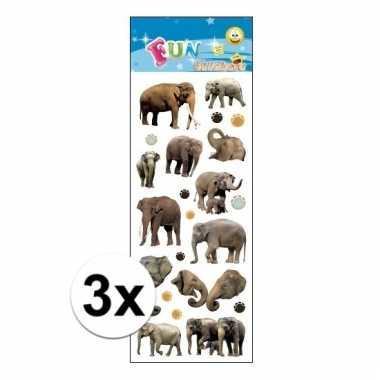 Afgeprijsde 3x poezie album stickers olifanten