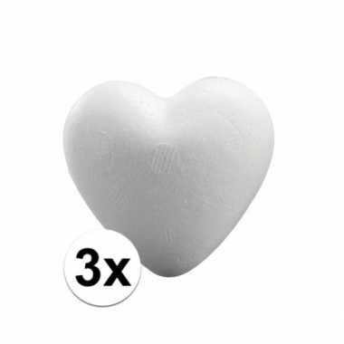 Afgeprijsde 3x styrofoam hartjes van 5 cm
