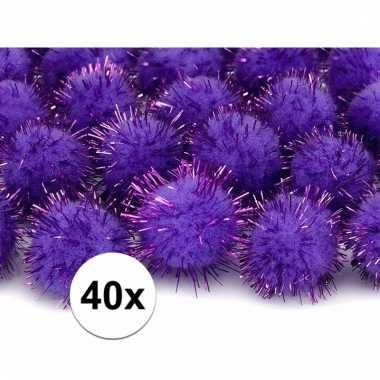 Afgeprijsde 40x paarse decoratie pompons 20 mm