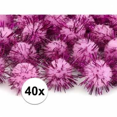 Afgeprijsde 40x roze decoratie pompons 20 mm