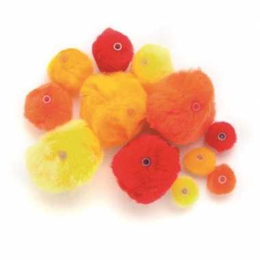 Afgeprijsde 45 acryl pompons rood tinten met kunststof ogen