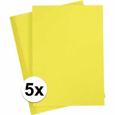 Afgeprijsde 5x geel knutsel karton a4