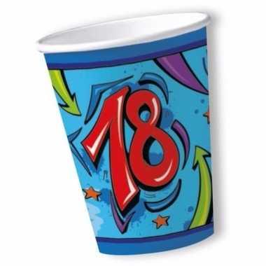 Afgeprijsde bekers 18 jaar blauw 10x