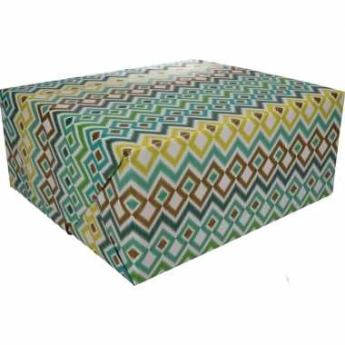 Afgeprijsde kadopapier gekleurd type 3 70 x 200 cm