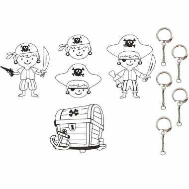 Afgeprijsde sleutelhanger maken met krimpfolie piraat sjablonen 4 vel