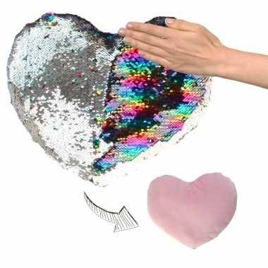 Afgeprijsde woondecoratie hartjes kussens zilver/roze metallic met pa
