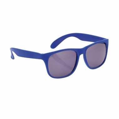 Afgeprijsde zonnebril met kunststof blauw montuur