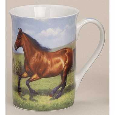 Beker met paard model 2