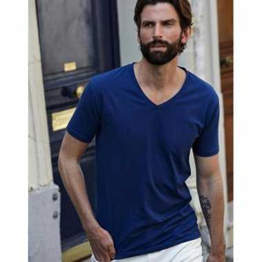 Blauw strak heren t-shirt met v-hals