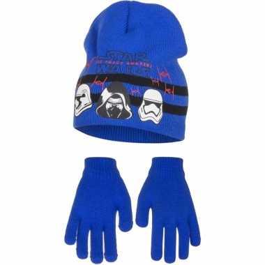 Blauwe kindermuts en handschoenen van star wars