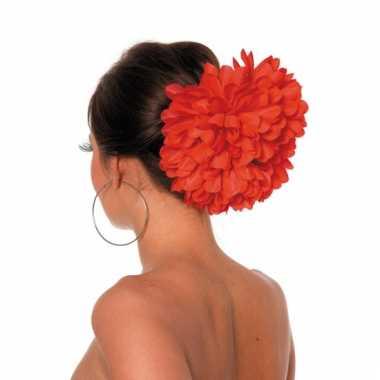 Bloemenklem in de kleur rood
