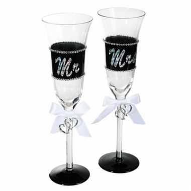 Bruidspaar champagneglazen 2st.