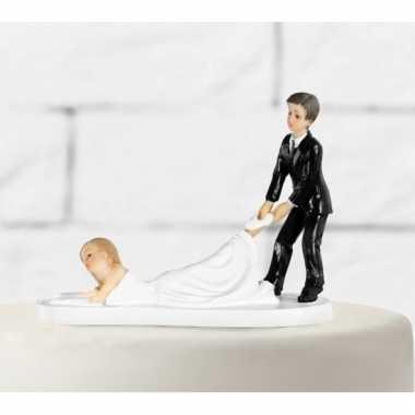 Bruidstaart decoratie slepende bruid