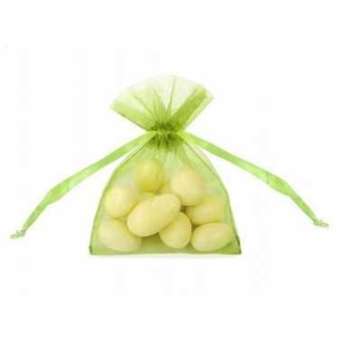 Bruiloft bedankjes groene zakjes 10 cm