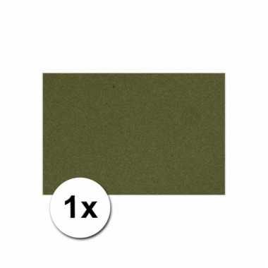 Donkergroen knutsel karton a4
