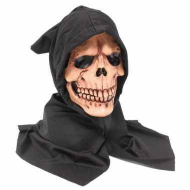 Doodskop masker met zwarte kap
