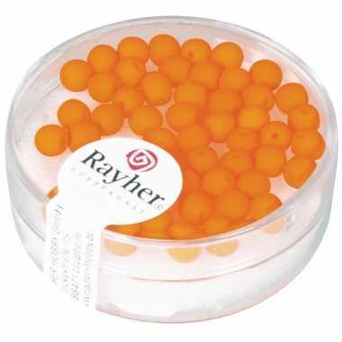 Doosje met 50 neon oranje kralen 4 mm