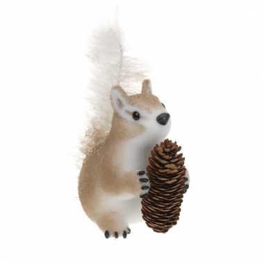 Eekhoorn beeldje van piepschuim type 1