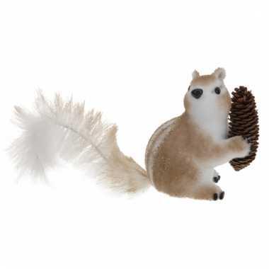 Eekhoorn beeldje van piepschuim type 3