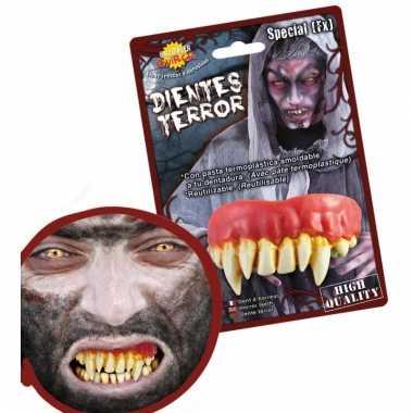Eng horror gebit met monster tanden