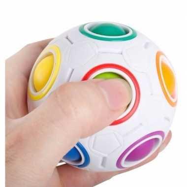 Gekleurde concentratie bal 7 cm