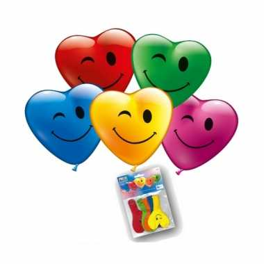 Gekleurde hartjes ballonnen met gezicht