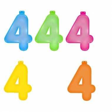 Gekleurde opblaas cijfer 4