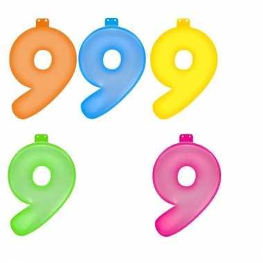 Gekleurde opblaas cijfer 9