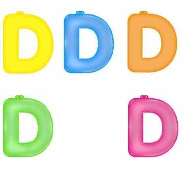 Gekleurde opblaas letters d