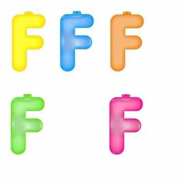 Gekleurde opblaas letters f