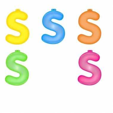 Gekleurde opblaas letters s